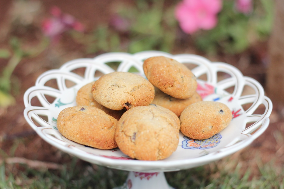 Healthy Date and Pecan Cookies ~ Peaceful Parents, Confident Kids